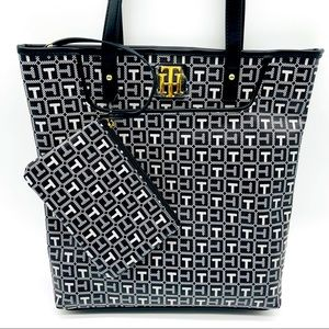 NWT Tommy Hilfiger Signature Logo Tote & Pouch